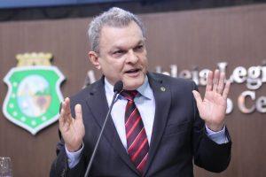 Dr. Sarto é um dos deputados que defende cautela na análise da delação (Foto: Divulgação)