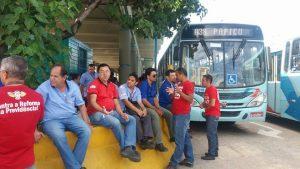 Sindicato dos motoristas de ônibus tem convocado categoria para atos, mas ainda não decidiu sobre paralisações (Foto: Divulgação)