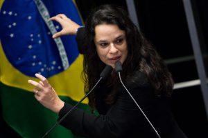 Janaína Paschoal usou as redes para criticas Ciro Gomes (Marcelo Camargo/Agência Brasil)
