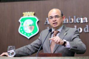 Sérgio Aguiar rebateu ataques de Heitor a conselheiros do TCM (Foto: Divulgação/AL-CE)