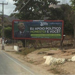Outdoor do candidato será inaugurado no sábado em Itapajé (Foto: Reprodução/Endireita Itapajé)