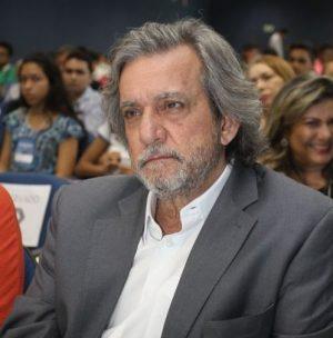 O conselheiro em disponibilidade tem o apoio de pelo menos 32 deputados estaduais. Foto: Mauri Melo/O POVO