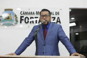 Márcio Martins defende novas ciclofaixas (Foto: Genilson de Lima/CMFor)