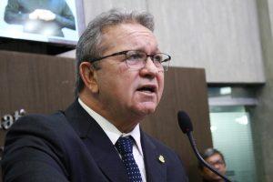 Roberto Mesquita deixará Assembleia Legislativa