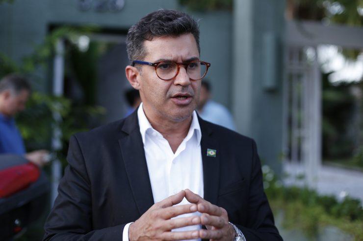 Hélio Góis realiza primeiro ato de campanha