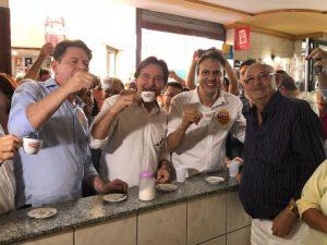 Cid, Eunício e Camilo tomam café em Sobral