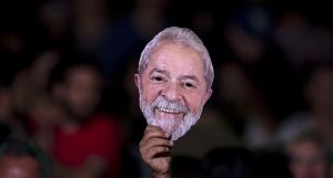 Máscara de Lula