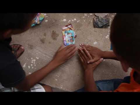 meninos-jogando-bafo