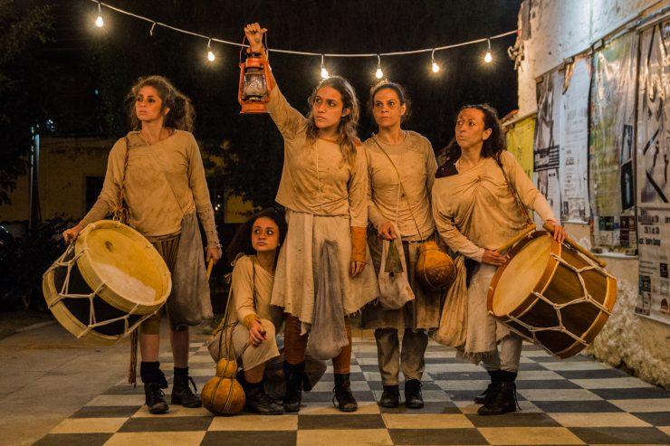 Dia Internacional da Dança: na imagem, cinco mulheres interpretam cena da peça Morte e Vida ainda mais Severina