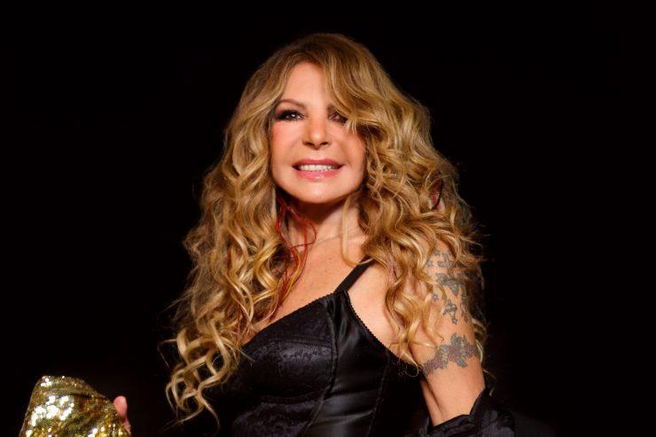 Na imagem, a cantora Elba ramalho