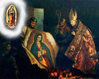Juan Diego abre a tilma e surge, estampada, a efígie de Nossa Senhora