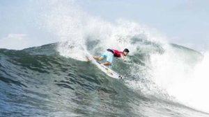 Brasil terá nove surfistas na terceira fase da etapa de Teahupoʻo do WCT 64a06c45176cb